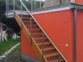 Außentreppe-Lärche-mit-Edelstahlseilgeländer