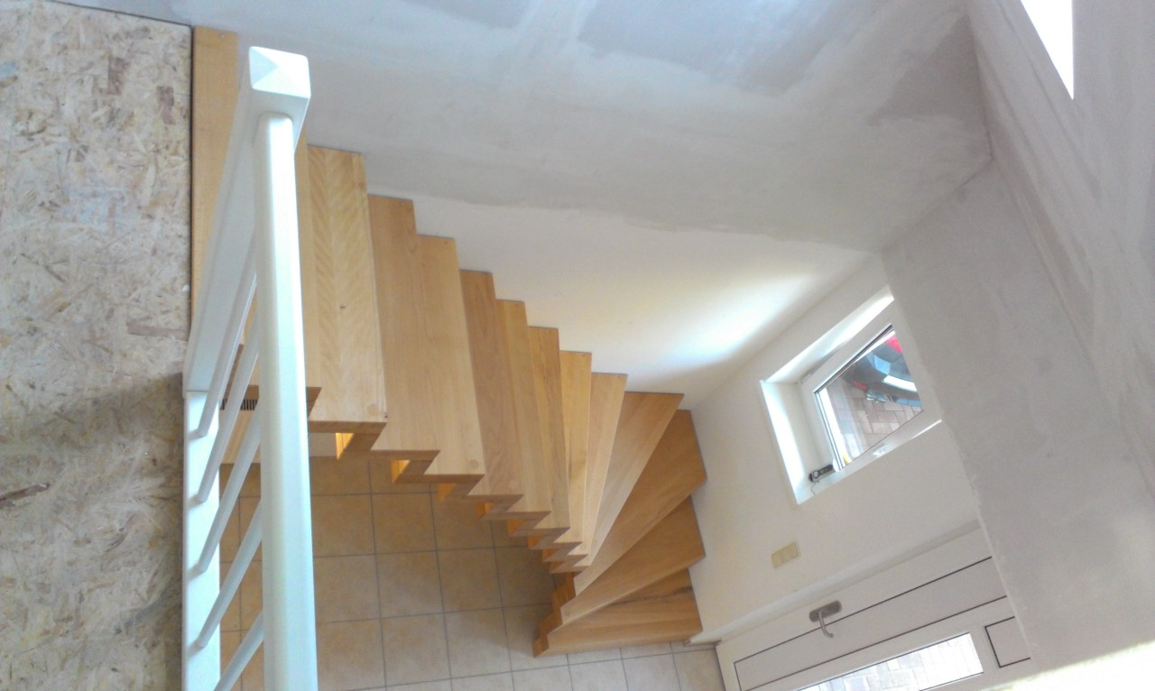 Buche-lam.-geölt-ohne-Geländer-Brüstungsgeländer-weiß-lackiert