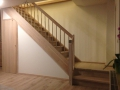 Treppe-Treppenverkleidung-mit-Tür